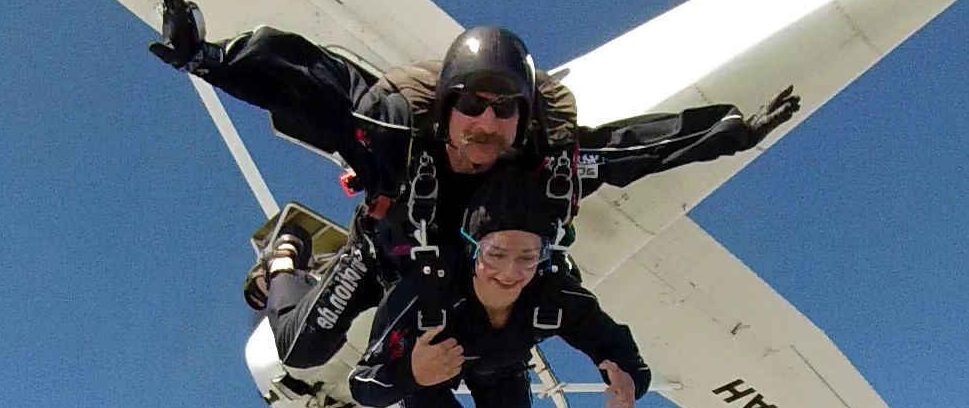 Fallschirmspringen mit Sifu